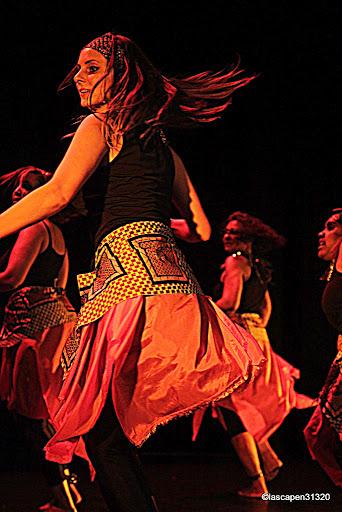 cours-de-danse-africaine-adultes-centre-culturel-desbals-toulouse-