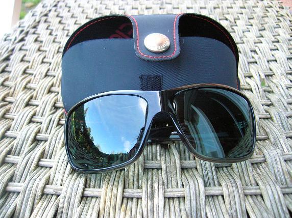 lunettes-de-soleil-esprit
