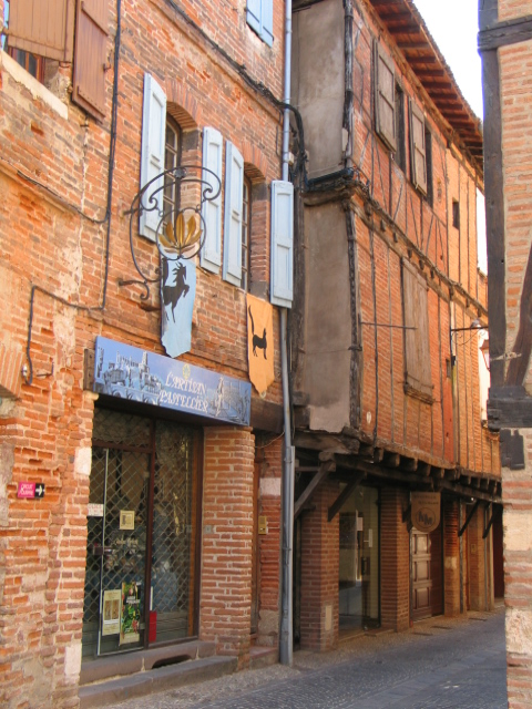 loue-local-commercial-bureau-atelier-albi-centre