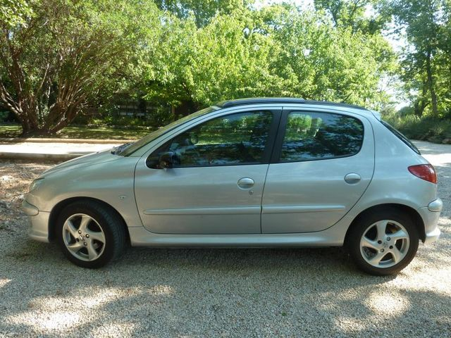 peugeot-206-20-hdi-griffe-5p