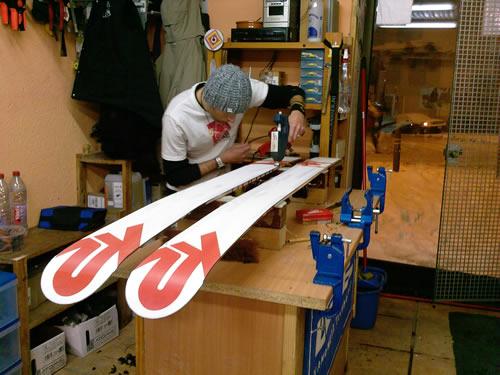 fartage-affutage-carre-entretien-ski-snowboard-