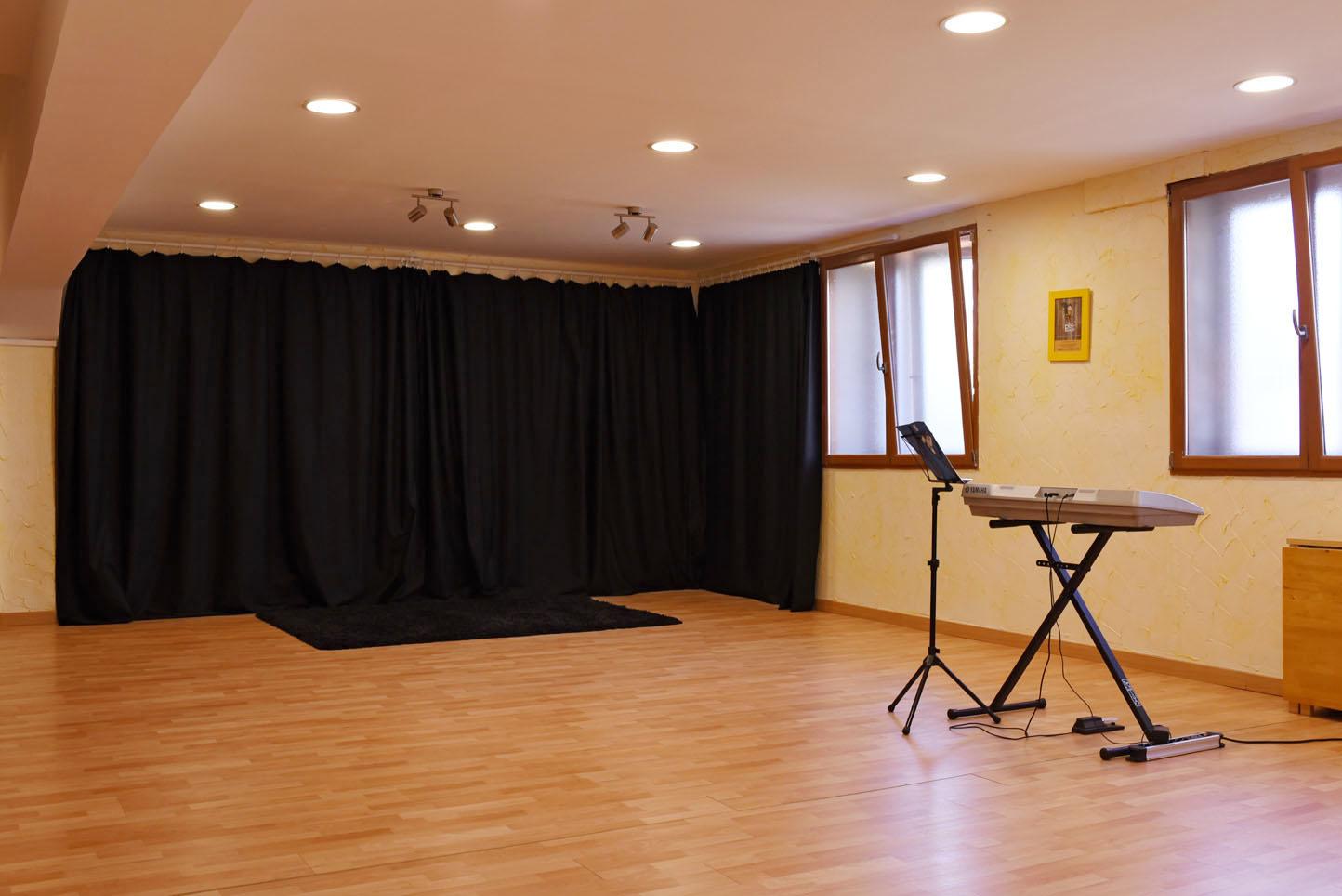 location-de-salle-pour-cours-reunions-stages