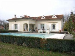 Belle villa T7 à Landorthe